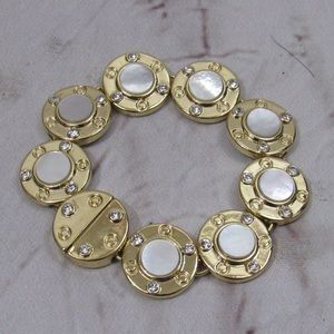 Gold tone with white shale coin magnetic